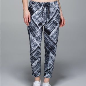 Lululemon Jet crops leggings